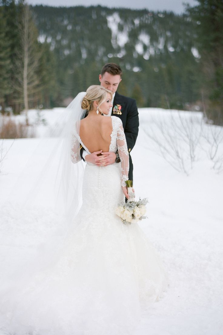 Photography : Melina Wallisch Photography Read More on SMP: http://www.stylemepretty.com/nevada-weddings/incline-village-nevada/2016/04/19/winter-wonderland-wedding-fit-for-a-snow-king-queen/