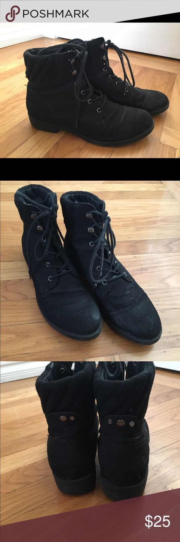 Black Women's ankle boots Used but a lot of wear left. They pair greatly with skinny jeans and leggings, good for people who walk through cities or hang out in the snow! Macy's Shoes Ankle Boots & Booties