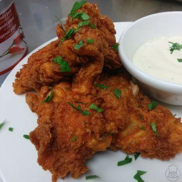 Jižanské smažené kuře - Jižanské smažené kuře - pikantní, vynikající a přitom ne příliš složitá úprava kuřete - lepší než KFC - a víte, co jíte.
