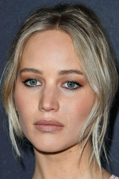 See our favorite celebrities who nail blue-eyed makeup here: