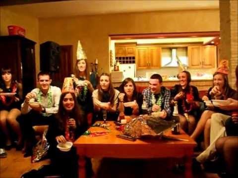 ▶ Uvas Nochevieja 2011 - YouTube