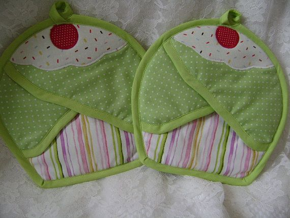Key Lime Cupcake Potholders by VernieLeeDesigns on Etsy, $14.99
