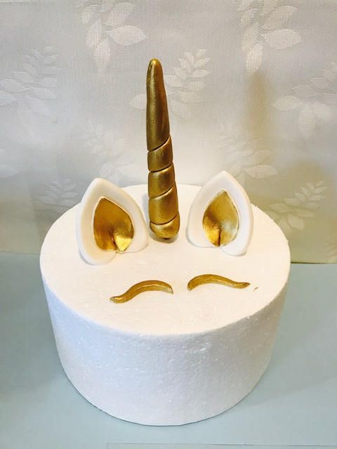 Unicorn horn and ears, Golden cake topper, Fondant edible magical party, 3D, by SerasCakeArt on Etsy
