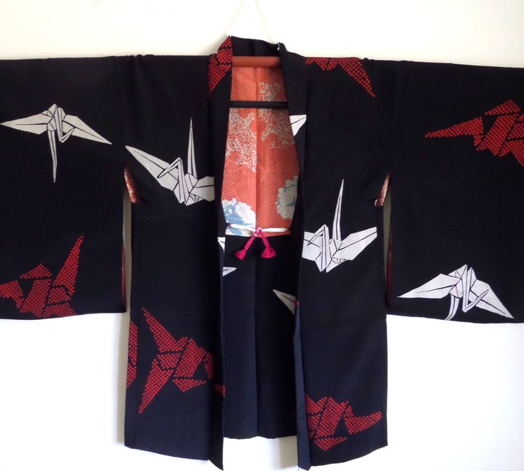 H172 ORIGAMI CRANES! Japanese silk haori jacket;Dazzling black silk crepe de chine;size S/M;Pre WW2; fabulous;occasion/trousseau;Tall by LizzieHuxtable on Etsy