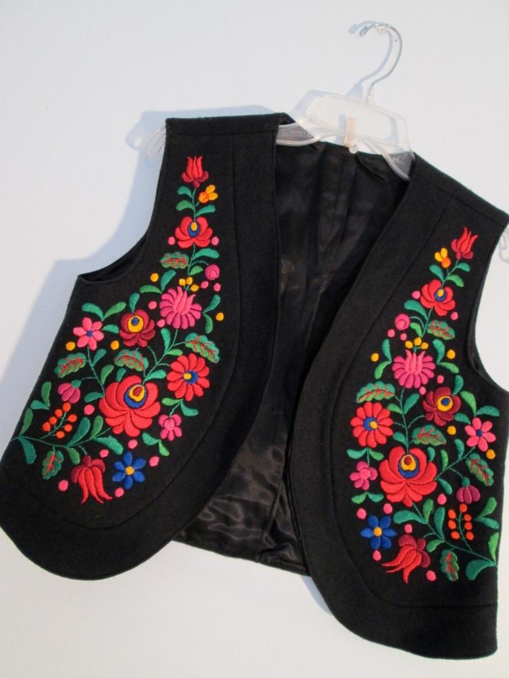 Eastern Flowers Embroidered Black Wool Crop Vest Boho Floral Hippie Gypsy Urban …