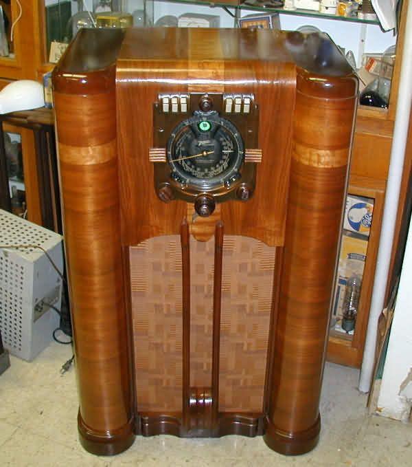 Zenith Vintage Radios 43