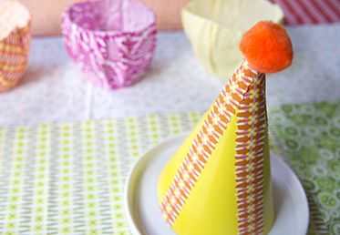 No-Sew Party Decor by Jenean Morrison on Creativebug. Made with True Colors fabrics from the @FreeSpirit Fabric line.