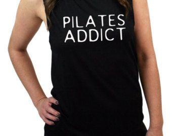 Camiseta de Pilates. Superior de Pilates. Ejercicio de la camisa. Top de entrenamiento. Camiseta de fitness. Ropa de Pilates. Tapa del tanque de Pilates. Pilates Addict.