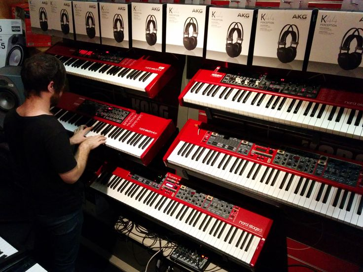 Gabe being awesome Gabe in our awesome #nord #keyboard nook
