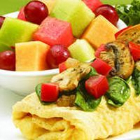 IHOP Simple & Fit Spinach, Mushroom & Tomato Omelette with Fresh Fruit Sodium – 690 mg