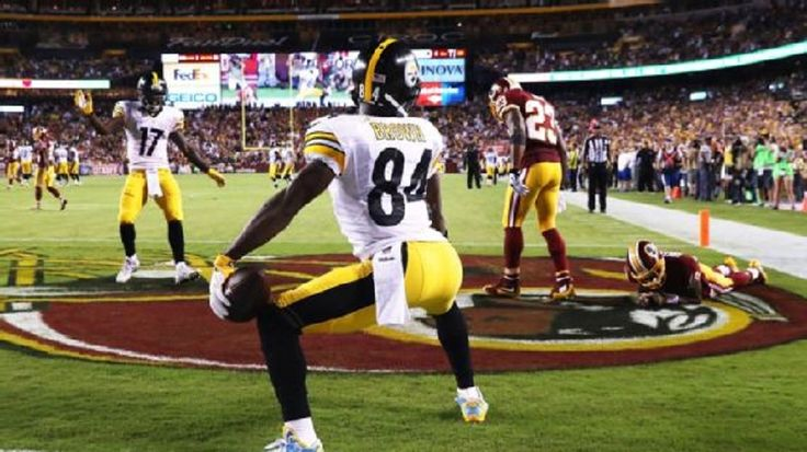 Antonio Brown is under contract with the Pittsburgh Steelers for the next five years. He'd like Le'Veon Bell to join him....