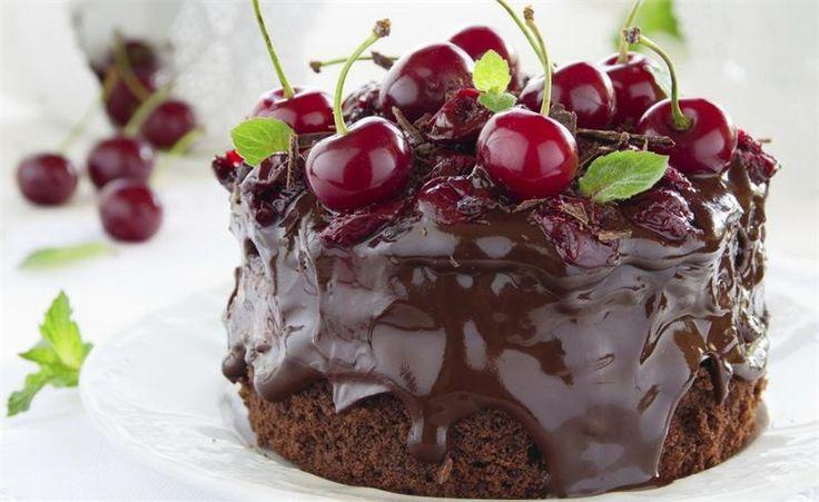 Шоколадный торт с вишней без миксера - рецепт приготовления