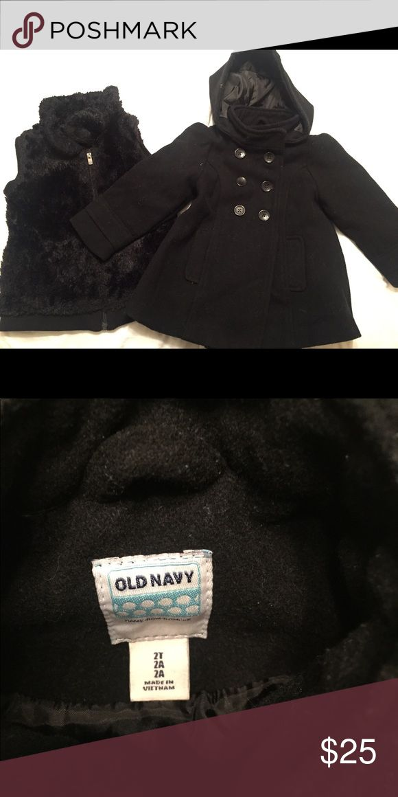 Toddler Girls Peacoat Old Navy black girl's toddlers peacoat. Wool-blend and lined. Size is 2T. Also including a fuzzy black vest. XS but fits like a 4T. Both in Excellent Condition. Old Navy Jackets & Coats Pea Coats