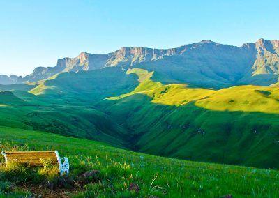 Drakensberg accommodation near to Giants Castle – Antbear Lodge