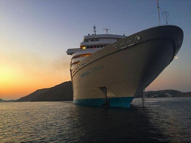 Eπιβλητική φωτογραφία του κρουαζιερόπλοιου Celestyal Olympia απο τον χρήστη #Instagram geeladygiselle. Mάθετε περισσότερα για το κρουαζιερόπλοιο σε αυτό εδώ τον σύνδεσμο. pamekrouaziera.gr #pamekrouaziera #Celestyalcruises #cruise #CelestyalOlympia #cruiseship #travel #repin #dream
