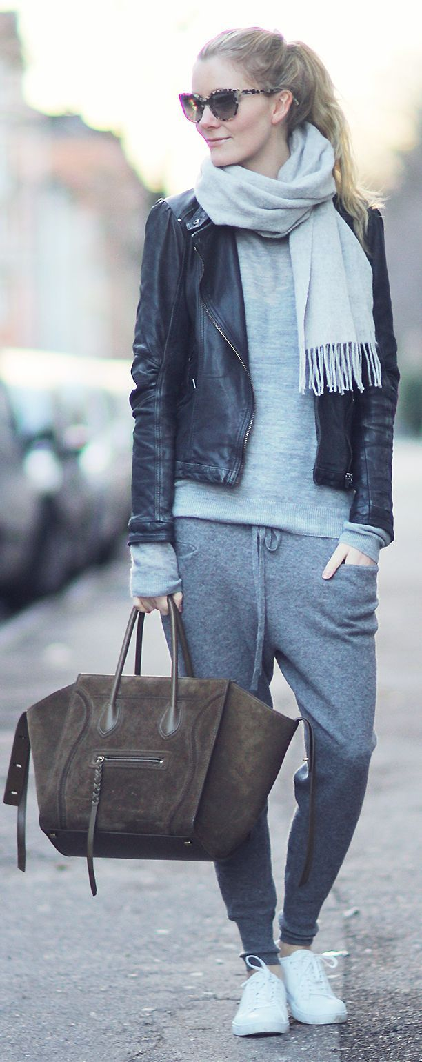 For optimum comfort this fall, try cozy joggers and a scarf!