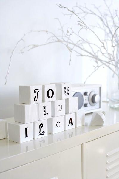 Simple, elegant flairWood Block, Christmas Style, Scandinavian Deko, White Christmas, Scandinavian Christmas, Christmas Decor, Christmas Block, Wooden Blocks, Diy Christmas Ornaments