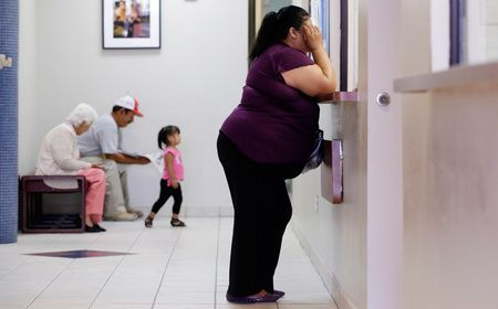 Collateral Damage in the War on Women - about 85% of those served at Nuestra Clinica Del Vallen in San Juan, Texas are uninsured - from COLORLINES
