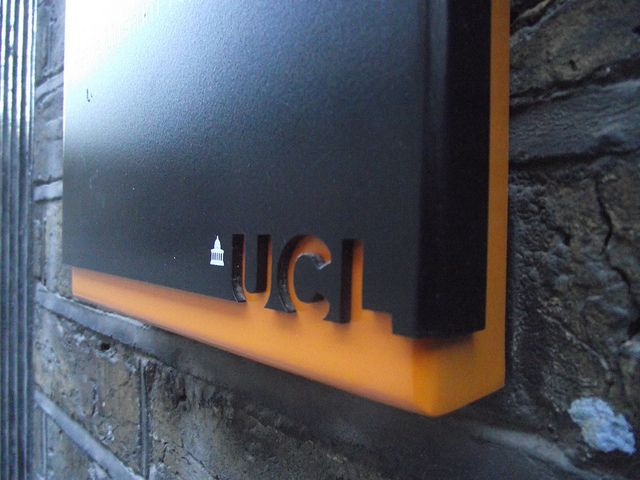 UCL Signage by Wayfinding UK, via Flickr
