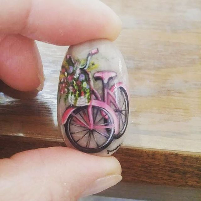 #bicycle#art#design#jawelry#necklace#handmade#painting#stonepaintin#quelleart#microart#acrlyc#boyama#taşboyama#çakıltaşları#sanat#tasarım#elyapımı#özeltasarım#bisiklet#mikroart# 0507 036 05 11