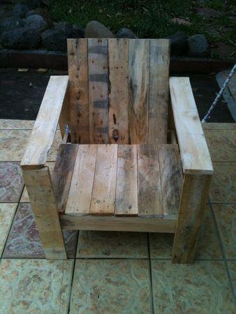 1000 images about meubles palette on pinterest the for Meuble patio palette