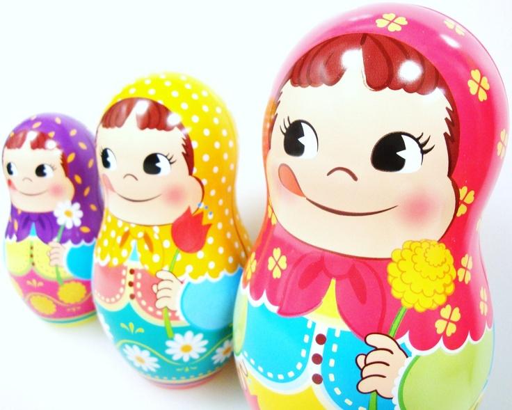 +/+ Fujiya's Peko-chan russian dolls. Candy Tin Box