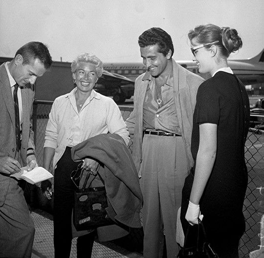Actress Lana Turner and Los Angeles businessman Johnny Stompanato return from Acapulco, Mexico vacation, Los Angeles, CA, March 19, 1958