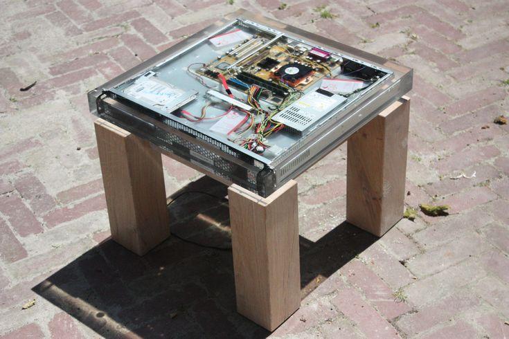 computer-tafel-eiken-onderstel-epoxy-1