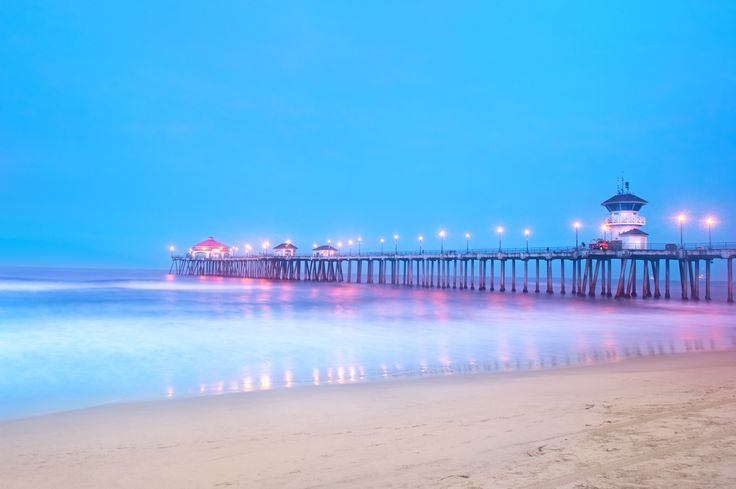 Here is a map and list of the best beaches near Disneyland and Anaheim. It's a short drive to family-friendly beaches in Orange County and Los Angeles Area.