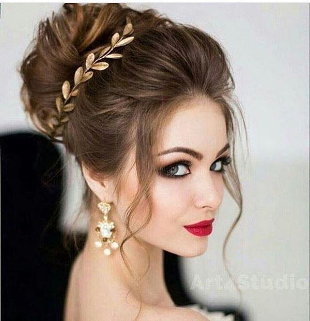 Gente os acessórios para noivas com esse formato de folhas (estilo a coroa greg…