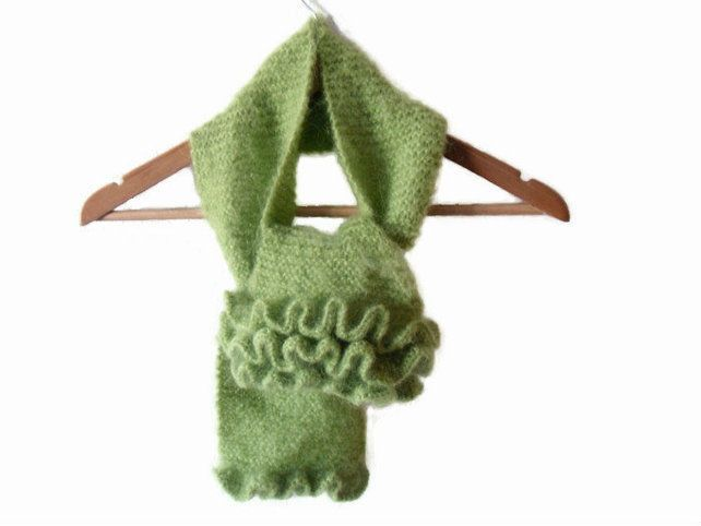 Emerald green mohair scarf with frills £12.00