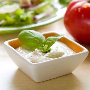 Salada com Molho de iogurte, mel e mostarda