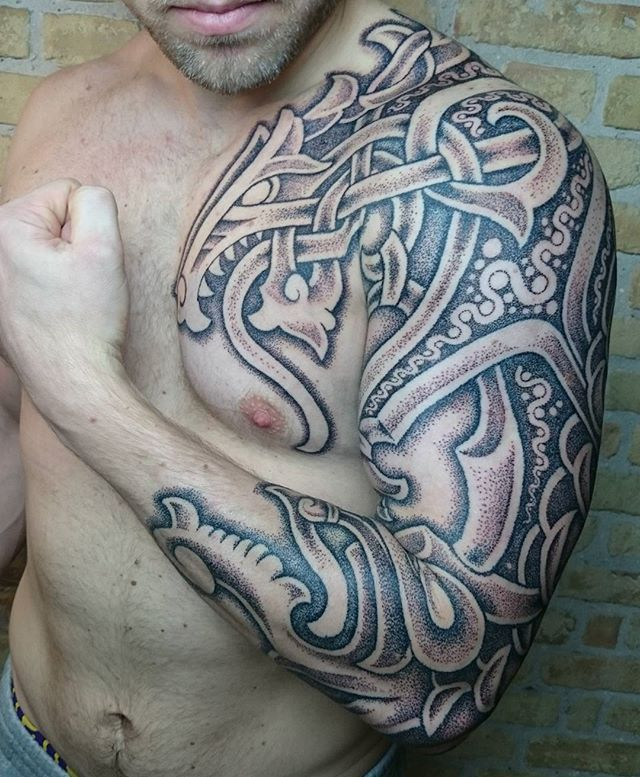 Nordic style tattoos look amazing and are very similar to celtic tattoos in many ways