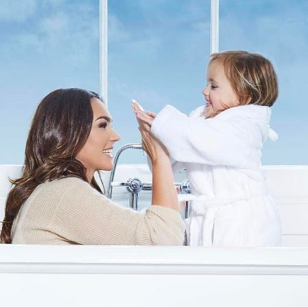 We are so excited to be joined by Fifi & Friends ahead of their launch in October! Read the full interview with this fabulous baby products brand which is founded by yummy mummy Tamara Ecclestone on our website here https://www.alegremedia.co.uk/single-post/2017/09/26/GOSSIP-STATION-Fifi-Friends www.alegremedia.co.uk #alegremedia