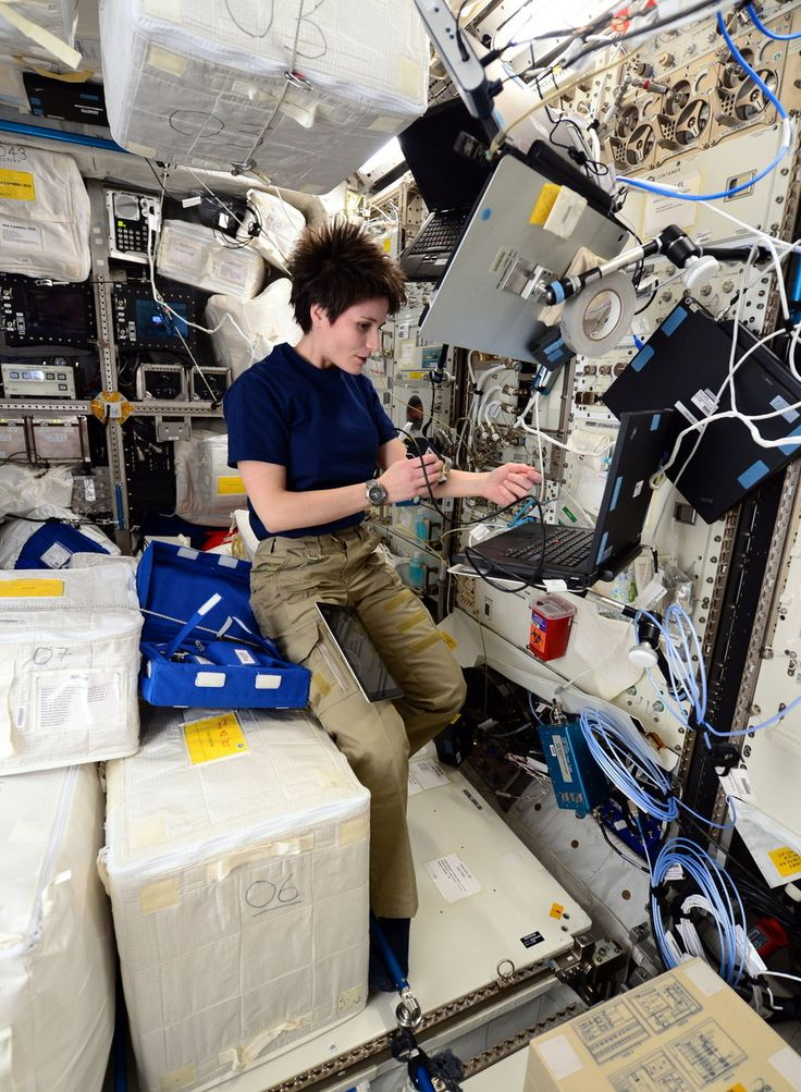 ESA astronaut Samantha Cristoforetti running the Skin-B experiment on the International Space Station during her Futura mission. Astronauts lose more skin cells and age faster during spaceflight. A common complaint of astronauts is cracking skin and rashes or itchiness.