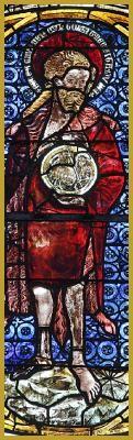 Photo panoramique en gros plan de la grande verrière du XIVe siècle illustrant la vie de Saint Jean-Baptiste, dans la nef collatérale Nord de l'église paroissiale dont il est le saint patron, ancienne collégiale Saint-Florent de Niederhaslach.