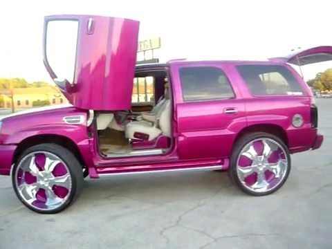 Lambo doors on pink? This thing is sick! #TruckGirls