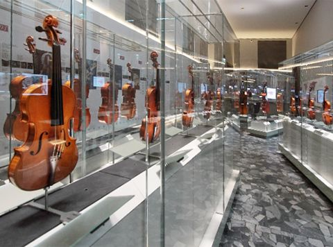 The New Cremona Violin Museum Displayed instruments of the well-known luthier Antonio Stradivari, Giuseppe Guarneri und Andrea Amati. Average price - 10 million euro - each . Photo © MDVRight in the heart of strings - News & Stories at STYLEPARK