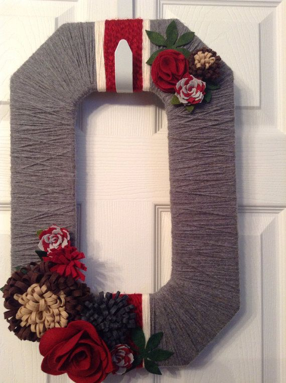 Ohio State Wreath - Gray w/ Red
