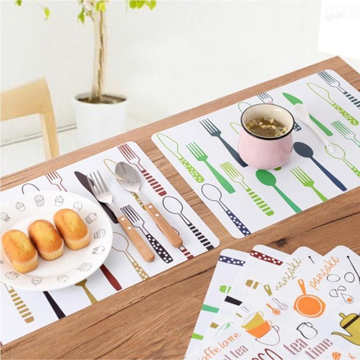 1pc Placemats Cartoon Kitchen Christmas Classic PP Kitchen Bar Table Mat Coffee Hot Pads Insulation Mat cute lovely kids like 5