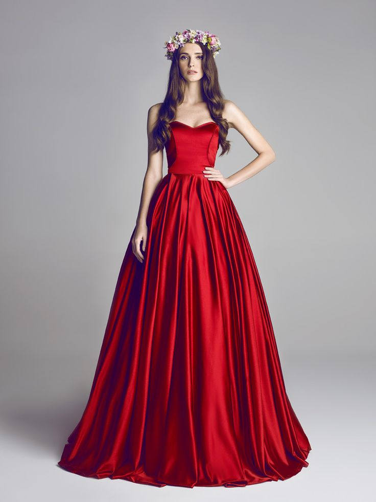 insanely gorgeous deep red garnet evening gown / evening dress / ball gown | sweetheart neckline | corseted bodice | full flowing pleated maxi skirt | flower crown | raw duchesse satin silk | bright red flowy dress
