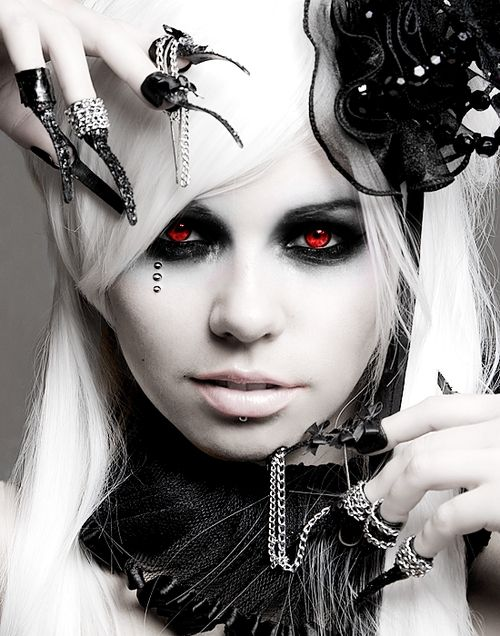 Definitely great Ana inspiration. It's Kerli again. If only the red eyes were…