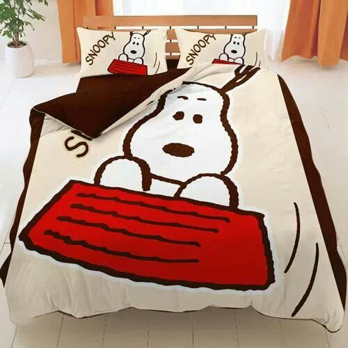 Snoopy sheets and bedding, I want this! ; )