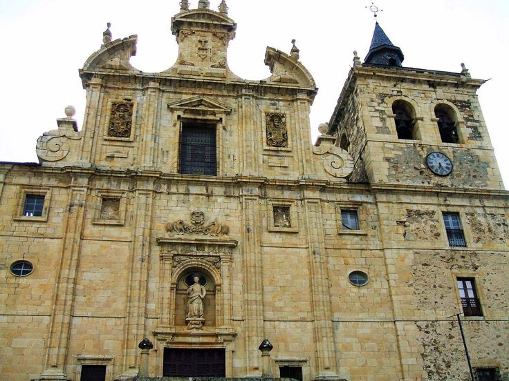 Iglesia de San Nicolas el Real, Villafranca del Bierzo, León, Camino de Santiago