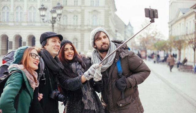 Care este cel mai bun selfie stick? Ce caractereistici are un selfie stick bun? Cum alegi cel mai bun selfie stick? Performanta... vezi detalii si pret >>>