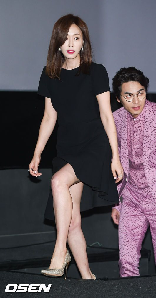 [사진]강예원,'더욱 예뻐진 미모' | 다음연예