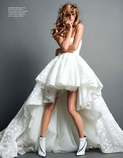 Girly, romantique et espiègle, cette robe de mariée Giambattista Valli a tout bon !
