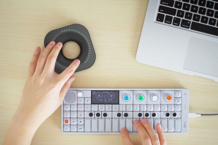 halo is a MIDI controller derived from the needs of next generation musicians. Taking cues from autonomous interactions of working in a digital audio workstation, halo bridges the gap between analog and digital by giving the user a dynamic experience in t…
