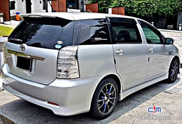 Toyota Wish 1 8 At Mpv Sambung Bayar Car Continue Loan Photo 2 Carsinmalaysia Com 28965 Toyota Wish Car Used Cars