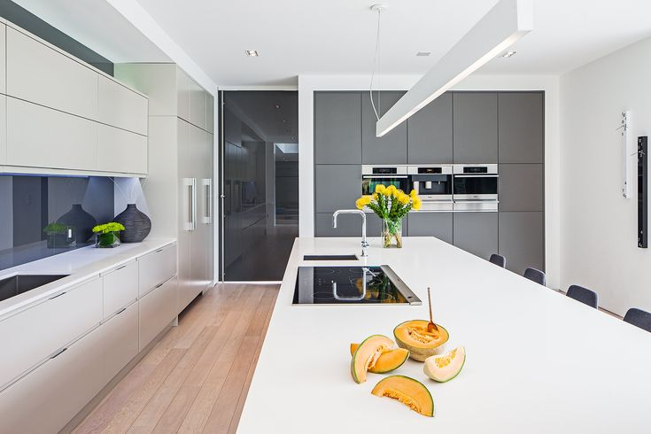 Cutting edge family home in South West Oakville, designed by Guido Costantino Architect, Interior - kitchen.